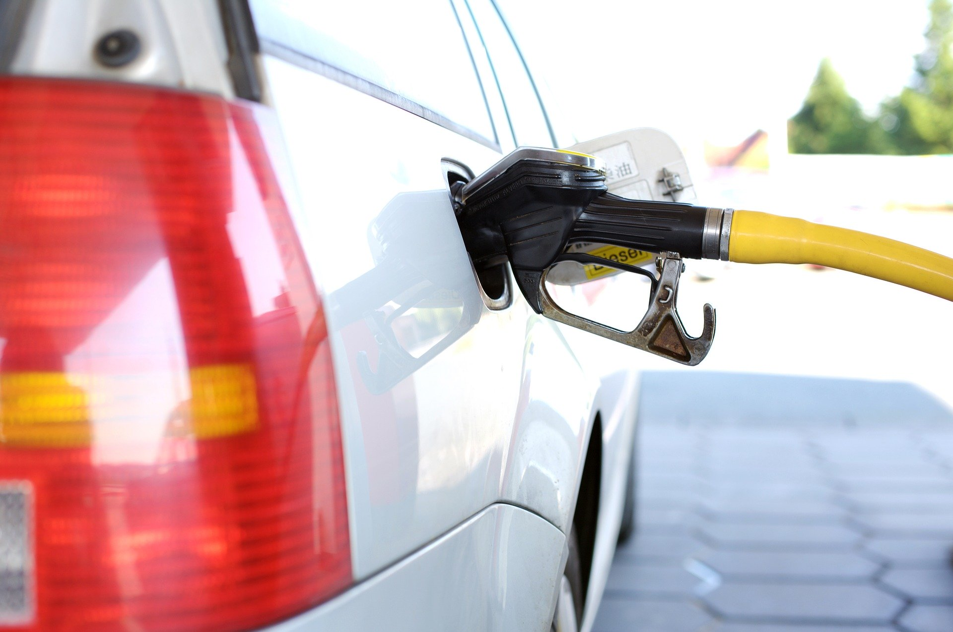 Как бороться с качеством топлива на АЗС